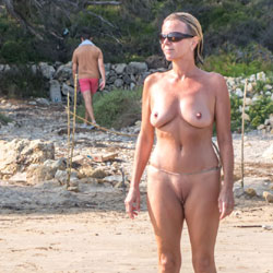Nude Beach - Nude Girls, Beach, Big Tits, Outdoors, Amateur