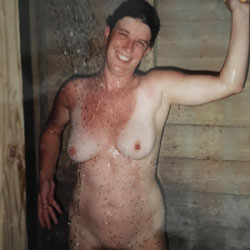 MILF - Nude Wives, Big Tits, Brunette, Mature, Amateur