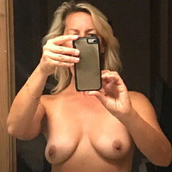 Sexy Wife - Big Tits, Hairy Bush, Mature, Nude Wife, Amateur