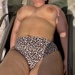 My very large tits - Lola B