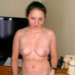 Mary Flashing - Big Tits, Brunette, Amateur