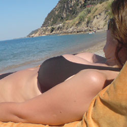 Gr. Wife - Beach, Outdoors, Amateur, Wife/wives