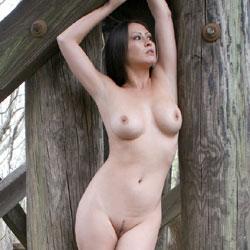 Bridge Assets - Nude Girls, Big Tits, Brunette, Outdoors, Amateur