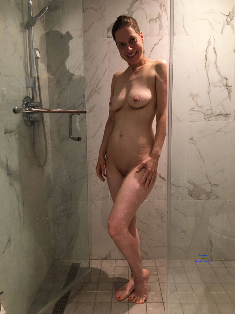 Sex Shower In The Nude Pictures