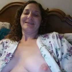 Dustbunny's Boobs - Nude Girls, Big Tits, Brunette, Amateur