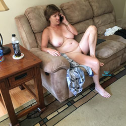 MILF - Nude Wives, Mature, Amateur