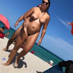 Haulover Chicas - Nude Girls, Beach, Big Tits, Brunette, Outdoors, Beach Voyeur