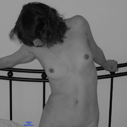 BB  In Her Room 2 - Nude Girls, Bush Or Hairy, Amateur, Medium Tits