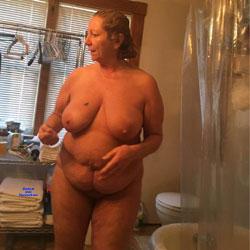 Sharon After Her Shower - Nude Girls, Bbw, Big Tits, Brunette, Mature, Amateur