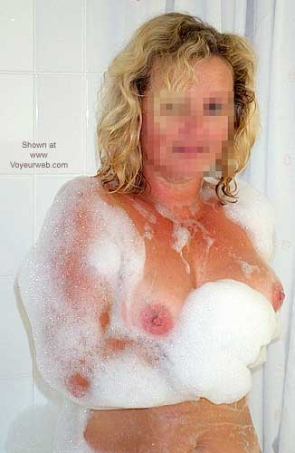 Pic #1 - Nude Wife In Spa