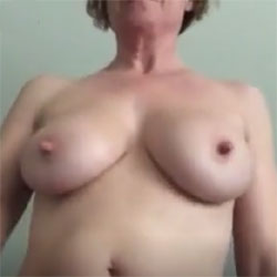 Nude For You - Nude Girls, Big Tits, Shaved, Amateur