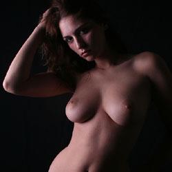 Studio Look - Big Tits, Brunette Hair, Naked Girl, Amateur