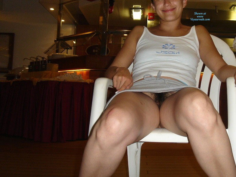 No Panties Upskirt