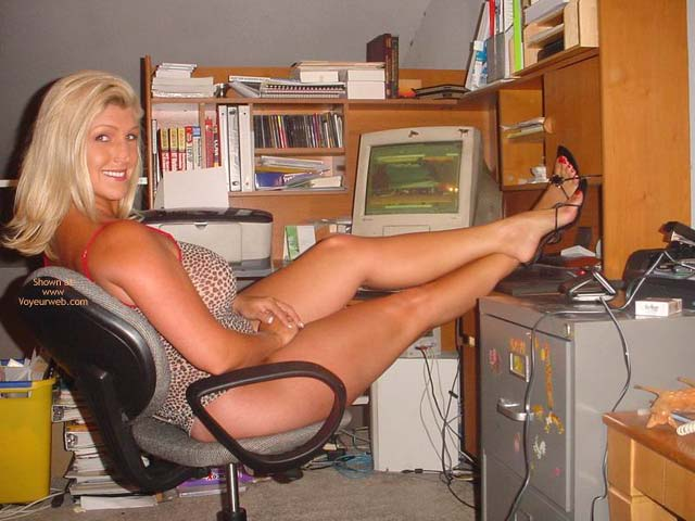 Pic #4 - Hot Legs In Her Office