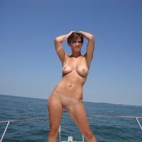 Medium tits of my wife - NEOH Wife