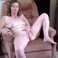Susan - Mature, Shaved