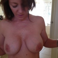 Very large tits of my girlfriend - Dee