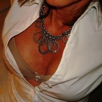 My medium tits - Cindy
