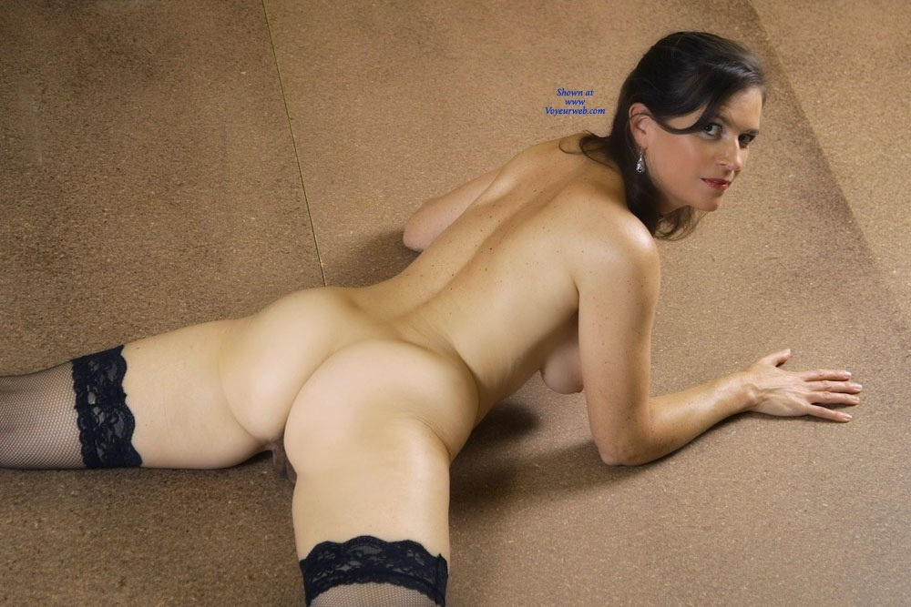 Pic #9 - Vanessab - Brunette, Bush Or Hairy