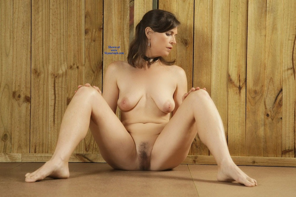 Pic #10 - Vanessab - Brunette, Bush Or Hairy