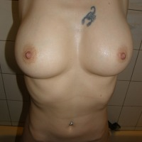 Large tits of my wife - Chantalbigones
