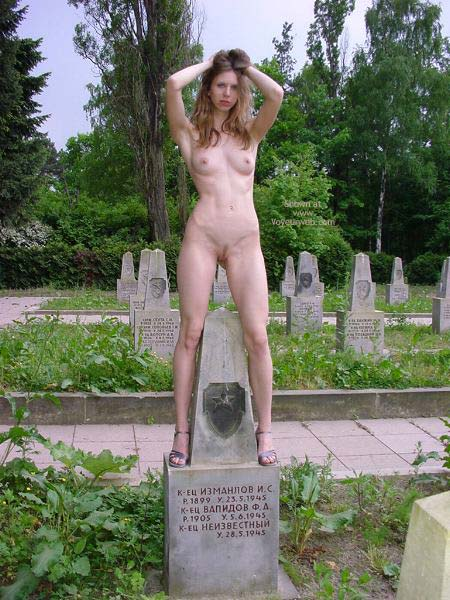 Pic #8 - Eve On The Cemetery