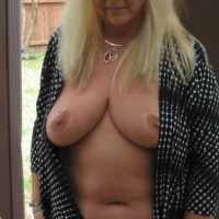 Very large tits of my wife - 58patty58