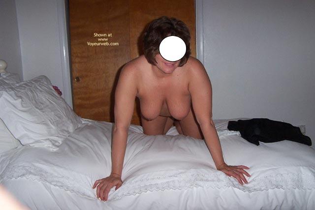 Pic #6 - Shania Bedroom Shots