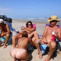 Padre Island 2 - Group, Blowjob, Girl On Girl