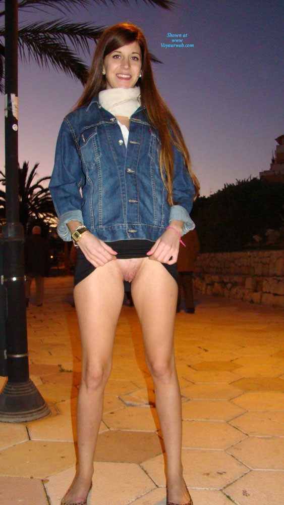 sexy young naked petite teen girls