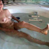 Hot & So Sexy Wife in The Hot Bath!