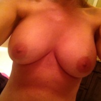 My very large tits - hollyinfl