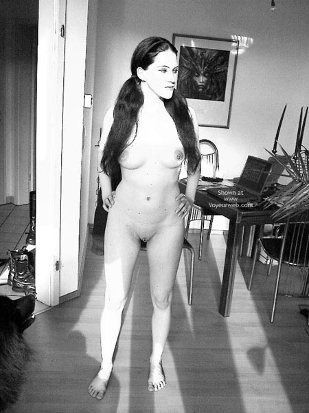 Pic #2 - Sandra 29 Nude At Home