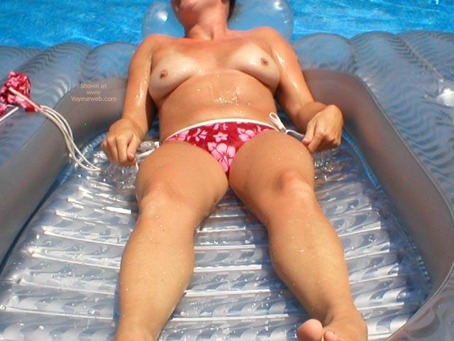 Pic #4 - *Bk Titties In A Pool