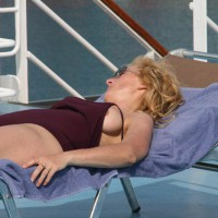 Auf Kreuzfahrt - Bikini Oops