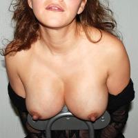 Medium tits of my wife - Hottie