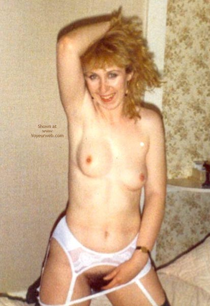 Pic #4 - 19year Old First Time Nude