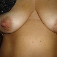 Medium tits of my wife - moglie