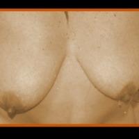 Medium tits of my wife - Roba