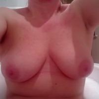 My medium tits - Leanne Hayes