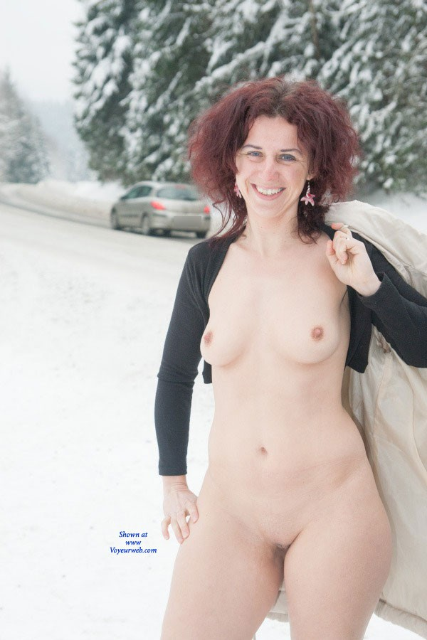 Pic #1 - Winter Fun - Brunette Hair, Exposed In Public , Hi,