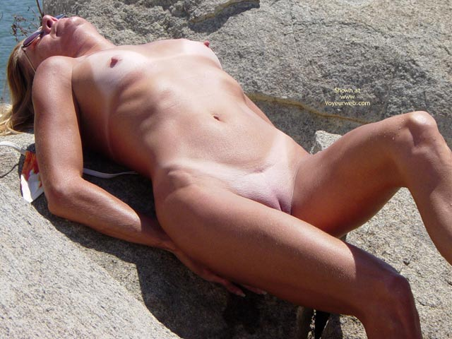 Pic #4 - Cali In And Out Of Bikini