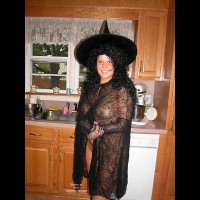 Belle The Kinky Halloween Witch