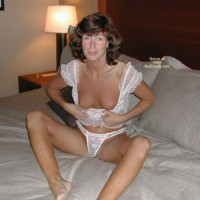 Mitzi, At 5 Star Hotel 2
