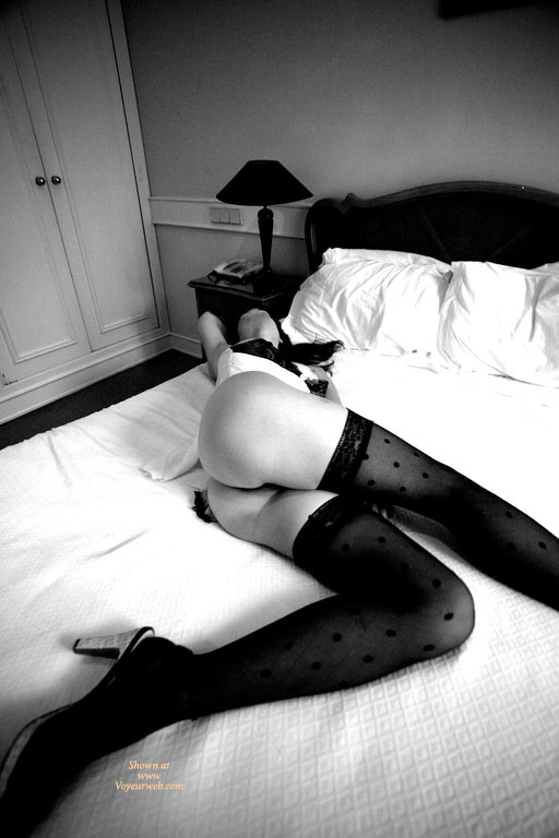 Pic #1 - Sexy Long Legs - Long Legs, Stockings, Sexy Legs , High Heel Sandals, Black And White Photography, Classic On Bed, Sexy, Butt Shot, Lying On Hotel Bed, Glamour Pic, Very Long Legs