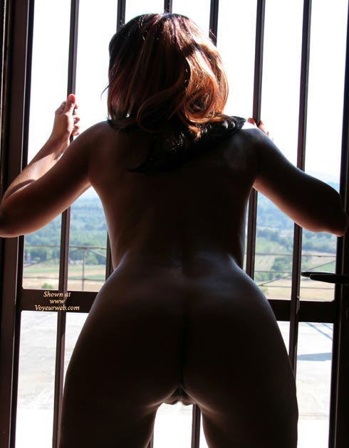 Pic #1 - Bent Over ASS Silhouette - Brown Hair, Long Hair, Shaved Pussy, Naked Girl, Nude Amateur , Nude Behind Bars, Nude By The Window, Spreading Legs, Nice Ass Bent Over, Heart Shaped Ass, Large Gap, Open Clam