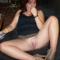 No Panties Under Pantyhose - Milf, Shaved Pussy, Spread Legs, Naked Girl, Nude Amateur
