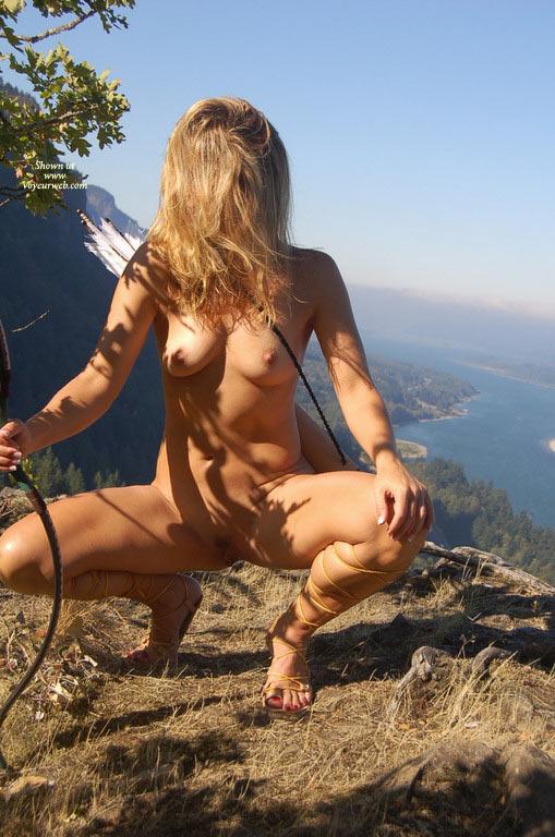hot sexy nude huntress