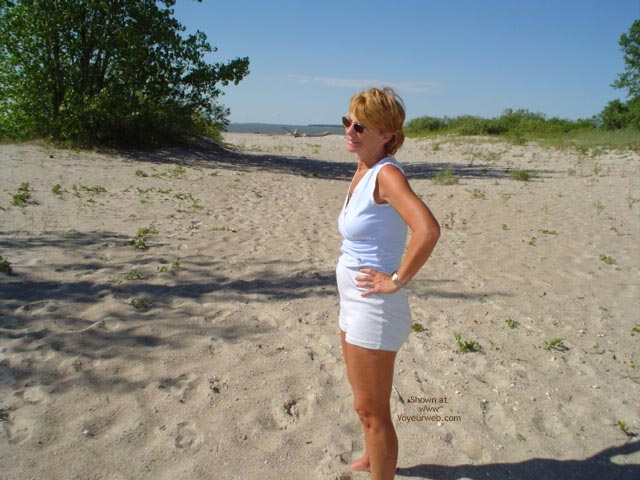 Pic #1 - Canadian Beach 57 Yr Old Wife