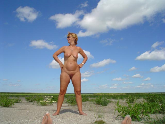 Pic #4 - Canadian Beach 57 Yr Old Wife